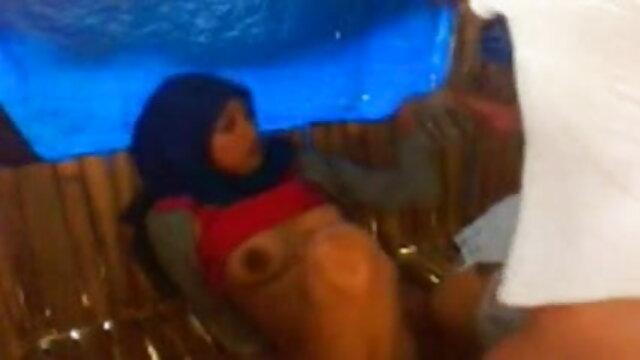 एशियाई महिला कॉल एक आदमी के सनी लियोन एक्स एक्स एक्स मूवी लिए खुशी उसके पैर.