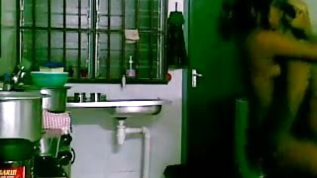 एशियाई सनी लियोन एक्स एक्स एक्स हॉट मूवी वह पुरुष मोज़ा में