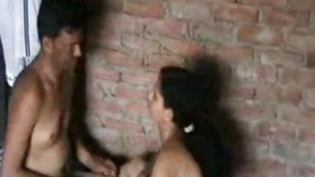 गर्भवती बेब की कोशिश करता है सनी लियोन की सेक्सी मूवी पिक्चर कुछ समलैंगिक कार्रवाई