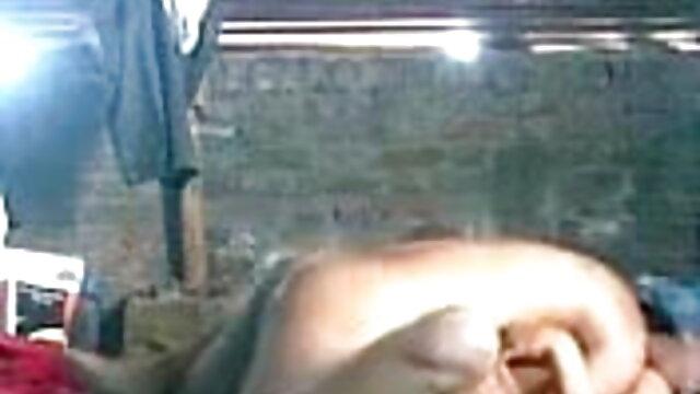 लैटिना वह पुरुष सनी लियोन की सेक्स मूवी एचडी मुर्गा ग्रस्त