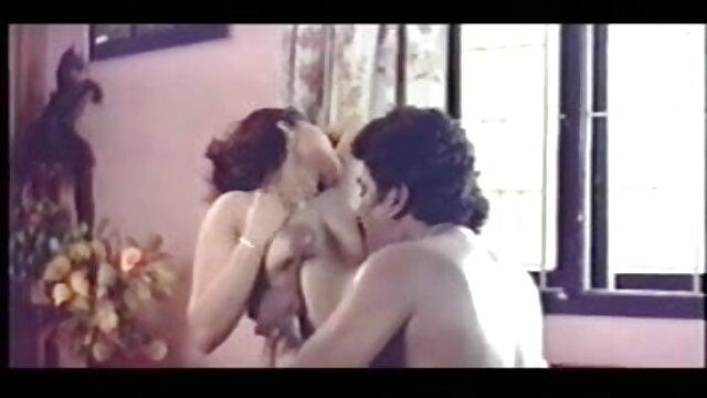 सेक्सी समलैंगिक सनी लियोन की सेक्सी वीडियो मूवी और कंडोम सेक्स